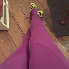 Lauren's PB Jam Leggings show that you don't need to colourblock to take advantage of those curved seamlines. Swirl Design, Pattern Making, Workout Leggings, Sewing Patterns, Instagram Posts, How To Make, Collection, Patron De Couture, Dress Patterns
