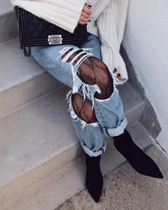 Gucci tights | ripped denim jeans | chanel boy bag #gucci #chanel #rippedjeans