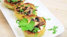 I cestini di patate ripieni sono un piatto originale, sfizioso e davvero buonissimo, da servire ai propri ospiti in tantissime occasioni diverse