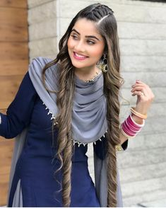 Discover recipes, home ideas, style inspiration and other ideas to try. Patiala Suit Designs, Kurti Designs Party Wear, Sharara Designs, Punjabi Suits Designer Boutique, Indian Designer Outfits, Stylish Girls Photos, Stylish Girl Pic, Stylish Suit, Hairstyle With Suit