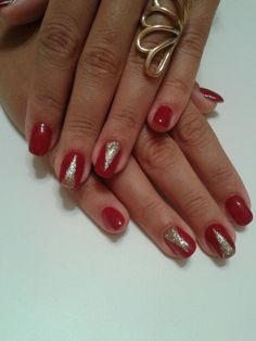 red  gold  nails