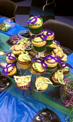 Mardi Gras Party Cupcakes