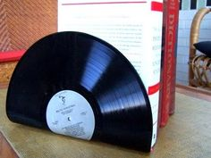 Cool DIY Projects: Lp book stand