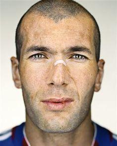 Zinedine Zidane by Martin Schoeller Martin Schoeller, Iggy Pop, Zinedine Zidane, Jack Nicholson, George Clooney, Barack Obama, Sarah Palin, Mickey Rourke, Celebrity Faces