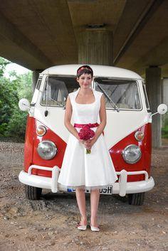 Brautkleid rockabilly kurz, mit 50er Jahre Tüllrock (Foto: Kristina Schorn)