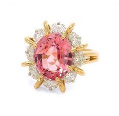 A Fine 18 Karat Yellow Gold, Platinum, Padparadscha Sapphire and Diamond Ring, Oscar Heyman Brothers, 5.10 dwts.