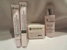 A review of our White Botanical Line.  Happy Chinadoll a essayé notre gamme White Botanical (en anglais).