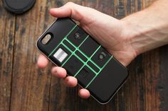 This case, called Nexpaq, takes inspiration from Google's Project Ara modular phone and allows users to add new features and functions on their smartphone.
