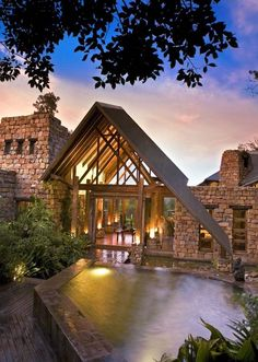 Tsala Treetops Lodge is set amidst the treetops in a dense indigenous forest, Tsala Treetop Lodge is the perfect destination if you enjoy combining your wilderness experience with a bit of Garden Route pizzazz. Land Of The Brave, Knysna, Wildlife Park, Tree Tops, Lodges, Beautiful Beaches, Wilderness, Places Ive Been, South Africa