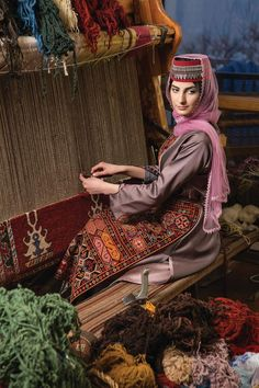 Folklore, Armenian Culture, Hyper Realistic Paintings, Russian Wedding, Afghan Dresses, Local Women, Light Of Life, Ice Queen, Tapestry Weaving