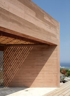 Architecture studio Barclay & Crousse used local stone, and cement with a reddish hue, to make this house on the outskirts of Lima match the color tones of the Peruvian desert. Architecture Details, Interior Architecture, Interior Design, Casa Wabi, Rest House, Patio Shade, Desert Homes, Rammed Earth, Construction
