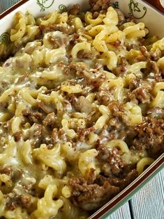 There are a few dinners that come in a box that maybe haven't quite achieved 'guilty pleasure' status, but we still know could be better for us. Case in point: Hamburger Helper. It's comforting, it's Homemade Hamburger Helper, Hamburger Meat Recipes, Hamburger Casserole, Fried Salmon Patties, Peanut Butter Chocolate Bars, Homemade Hamburgers, Ground Beef Recipes, Salmon Recipes, Casserole Recipes