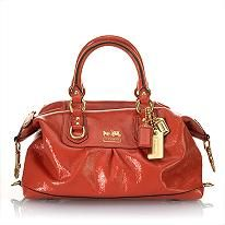 I have it in bright green, love all my Coach bags. :)
