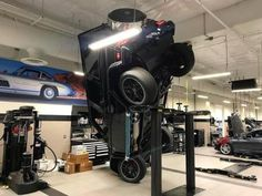 30 Pictures With Most Embarrassing Situations And Level Of Disappointment Ultimate Fails, Mechanic Humor, Mechanic Shop, Impressive Image, G63 Amg, Having A Bad Day, Funny Fails, Funny Pictures, Jokes