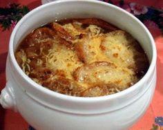 Copycat recipe - Bennigan's Onion Soup #copycat