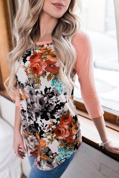 Our Spring Floral Tunic is a new favorites!! So comfortable & flattering for every body type. Trust us you need this one!