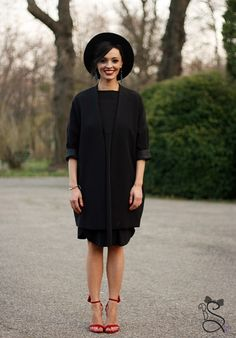 #blackdress #black #outfit #style #outfitinspiration #outfitidea #fashion #sandals #highheels #hat #blackhat High Heels, Style Diary, High Neck Dress, Street Style, Style Inspiration, Bucharest, Fashion Sandals, My Style, Coats