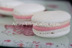 Macarons- Complete and Fully Illustrated Step-by-Step Tutorial Macarons, Macaron Cookies, Macaron Recipe, How To Make Macaroons, Desert Recipes, I Love Food, Sweet Tooth, Deserts, Yummy Food