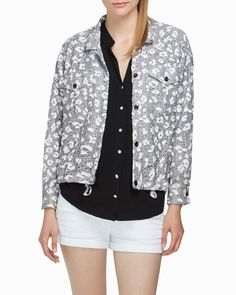 I love the versatility of this Numa Jacket by Stylemint.