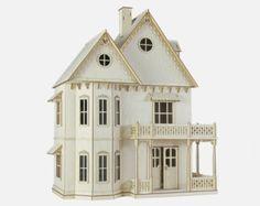 Casa de estilo victoriano por VictorianDollhouse en Etsy