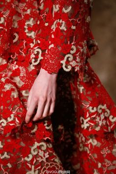 Details of Valentino Spring 2015 Couture