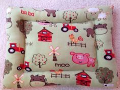 Mini pig rooting bed! A farm themed pet bed suitable for a mini pig or small/medium dog. We can custom make for yours!
