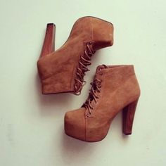 Wheretoget - Brown boots lace up high heels