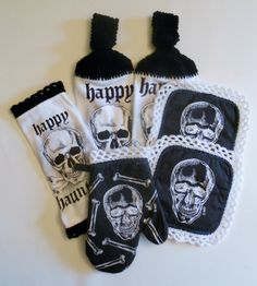 Skull Kitchen Set, Crochet Hanging Towels, Pot Holders, Oven Mitt, Black and White, Halloween Decor with Crochet trim, Goth
