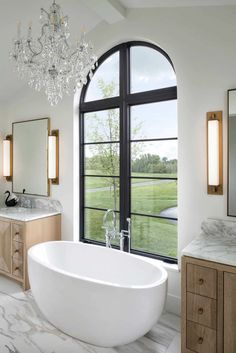 60 Most Popular Bathrooms Showcased on One Kindesign for 2020 Bedroom With Ensuite, Master Bathroom, Master Baths, Sub Zero Appliances, Custom Builders, Colonial Style Homes, White Oak Floors, Boho Home, Décor Boho