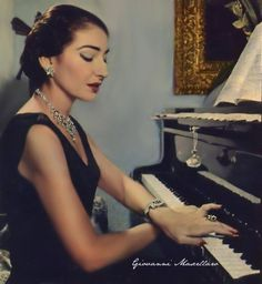 Maria Callas playing the piano (Photo edited by Giovanni Mascellaro) #VideoPianoLessons