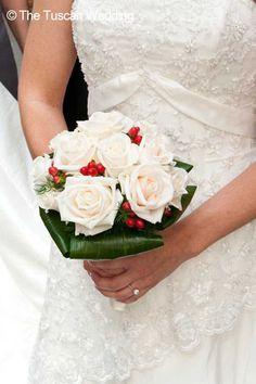 Elegant bouquet! #TheTuscanWedding #weddings #bouquet