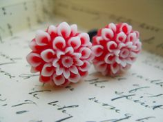 pretty red blossom gauges