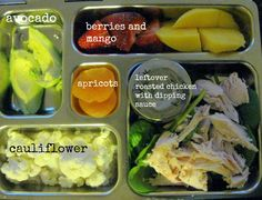 Leftover roasted chicken with dipping sauce, cauliflower, avocado, berries and mango, apricots paleo lunch ideas Paleo Lunch Box, Paleo Recipes, Real Food Recipes, Clean Eating, Healthy Eating, Organic Recipes, Kids Meals, Food Videos, Food And Drink