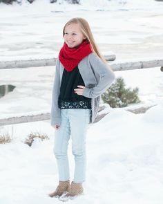 Preteen, tween photo shoot idea. Tibble Fork, winter, snow photo shoot idea, Krystal Lou Photography.