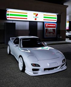 Best Jdm Cars, Slammed Cars, Jdm Wallpaper, Street Racing Cars, Pretty Cars, Mc Laren, Drifting Cars, Import Cars, Tuner Cars