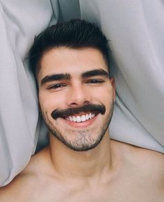 If he's a hairy, hot + beautiful man. Moustache, Beard No Mustache, Hairy Men, Bearded Men, Mustache Styles, Male Pattern Baldness, Handsome Faces, Glamour, Facial Hair
