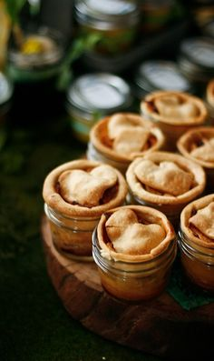 Mini Canning-Jar Apple Pies @lundbergfarms  #PicnicWithaView