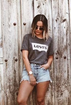 Modetrends Sommer Das sind die Fashion Must-haves - Page 89 of 367 - - Lilly is Love Cute Outfits With Shorts, Jean Short Outfits, T Shirt And Shorts, Cute Summer Outfits, Casual Outfits, Fashion Outfits, Fashion Trends, Summer Shorts, Jeans Levi's