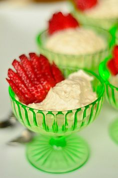 5-Minute Vegan Coconut Cream Dessert at reluctantentertainer.com