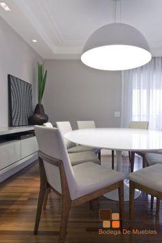 Antecomedor estilo contemporáneo medio, perfecto para redecoración de espacios amplios, gracias a su tamaño y diseño. -Decora tus sentidos.