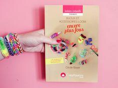 ♥ Mon nouveau livre : Bijoux et accessoires loom encore plus fous ! ♥ | Poulette Magique Cecile, Loom Bands, Rainbow Loom, Diy, Journals, Libros, Craft, Accessories, Jewels