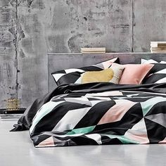 Day like this call for cosy bed days  wrapped up in the lush @aurahome