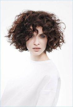 Curled Bob Hairstyle, Cute Bob Hairstyles, Modern Hairstyles, Popular Hairstyles, Braided Hairstyles, Haircut Designs, Curl Pattern, Hair Inspiration, Curls