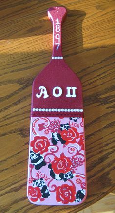 Lilly, pearls, glitter, and letters. TSM.---->love this cute paddle!