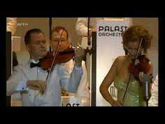 Max Raabe & Orchestra / Live - Cheek to Cheek... http://youtu.be/zNBxJMg28OQ