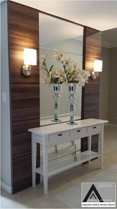 Check this, you can find inspiring Photos Best Entry table ideas. of entry table Decor and Mirror ideas as for Modern, Small, Round, Wedding and Christmas. Foyer Decorating, Interior Decorating, Design Hall, Garage Design, Entry Tables, Home Decor Trends, Entryway Decor, Home Interior Design, Accent Decor