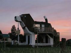 A beagle-shaped building at Cottonwood, Idaho's Dog Bark Park Inn  The building, which is a bed & breakfast, is owned by Dennis Sullivan and Frances Conklin.