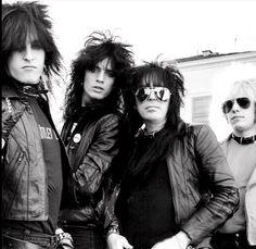 Mötley Crūe - 1981