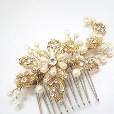 Gold bridal hair comb, Wedding hair comb, Flower hair comb, Bridal headpiece, Rhinestone and pearl headpiece