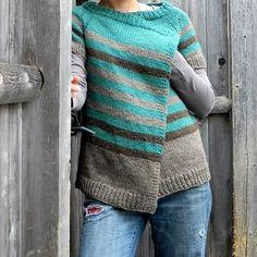 why not knit this caramel sweater in zara??? @theyarnmartlr #handknitsweaters #filaturadicrosazara #bestsweateryarn